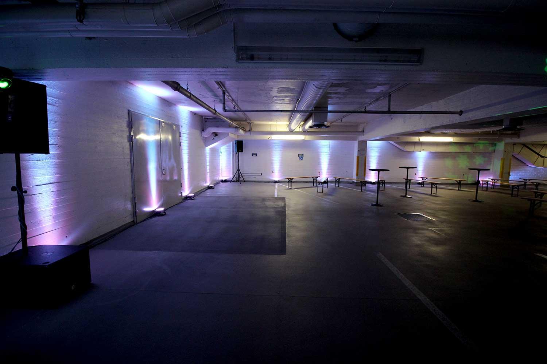 Monipuoliset valaistusratkaisut erilaisiin tilaisuuksiin